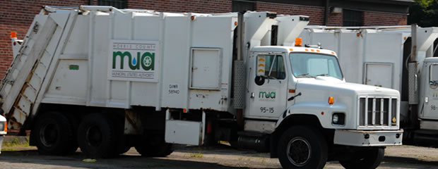 Image of Side of Recycling Truck